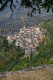 Riviera francesa, pueblo de Saorge: encanto de la ciudad medieval Foto de archivo