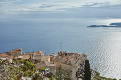Riviera-Küstenansicht von der Spitze des Felsens Stockbild