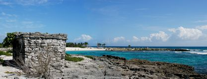 Riviera Maya Beach Mexico. With mayan ruins in the foreground Royalty Free Stock Images