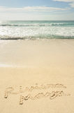 Riviera Maya die in Zand op Strand wordt geschreven Stock Afbeeldingen