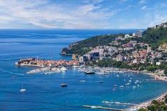Riviera von Budva auf adriatischer Seeküste, Montenegro Lizenzfreies Stockfoto