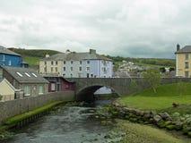 Rivierbrug en landschap Stock Afbeelding