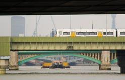 Rivierbruggen Royalty-vrije Stock Afbeeldingen