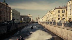 Rivieren en kanalen van St. Petersburg stock footage