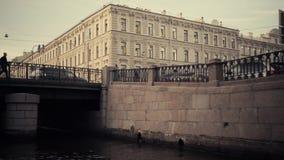 Rivieren en kanalen van St. Petersburg stock video