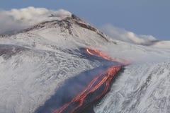 rivieren van lava Stock Afbeeldingen