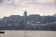 Riviermeningen Boedapest stock afbeelding