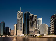 Rivieroevergebouwen in Brisbane Royalty-vrije Stock Fotografie