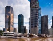 Rivieroevergebouwen in Brisbane Royalty-vrije Stock Foto