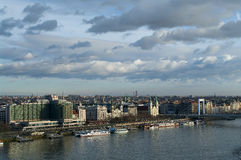 Rivieroevermening van Boedapest, Hongarije Stock Foto
