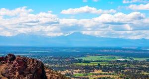 Riviersleep in Smith Rocks State Park, een populair bergbeklimmingsgebied in centraal Oregon dichtbij Terrebonne royalty-vrije stock afbeeldingen