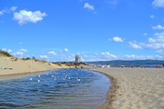 Rivière de plage d'été Image libre de droits