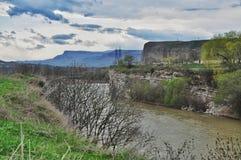 Rivière Kuban dans la république de Karachay-Cherkess Photos stock