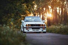Rivne, Ukraine - 7 juillet 2018 : Oldtimer classique original d'outdors de BMW M3 e30, de roues de sport, tunning, brillant et br Photo stock