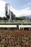 """Rivning av åren för monument """"1300 av Bulgaria† nära vid NDK i Sofia, Bulgarien†""""juli 4, 2017 Kommunistiskt styre arkivbilder"""