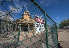 Rivning av arvfyrkanten i guld-, Colorado Arkivfoton