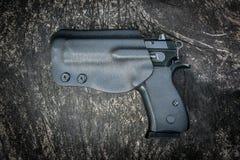 Rivoltella in custodia per armi Fotografia Stock Libera da Diritti