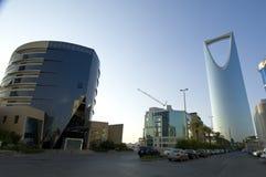 RIYADH - 21 octobre : Al Mamlaka Tower et environs sur Octobe Image stock