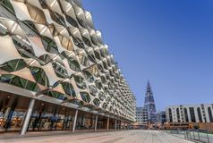 Free Riyadh, Saudi Arabia - October 18, 2018: Perpective View Of The King Fahad National Library Facade Towards Al Faisaliyah Tower Royalty Free Stock Images - 149100229