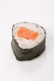 Riz de sushi, algue, petit pain de saumons Photographie stock