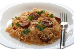 Riz frit avec des saucisses Photo stock