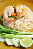 Riz frit avec la crevette Photo stock