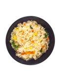 Riz frit dans la première vue de cuvette Photo stock