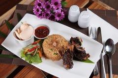 Riz frit de cuisine indonésienne populaire Photographie stock