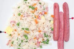 Riz frit et saucisses Image libre de droits