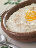 riz orange de pudding de cannelle Image stock