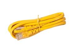Rj45 dźwigarka z koloru żółtego kablem zdjęcie stock