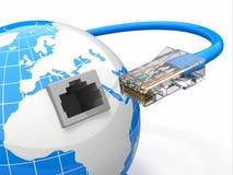 全球性通信。 地球和电缆, rj45。 免版税库存图片