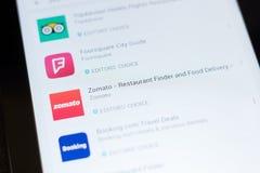 Rjazan', Russia - 24 giugno 2018: Zomato - icona di consegna del cercatore e dell'alimento del ristorante sulla lista dei apps mo fotografia stock