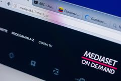 Rjazan', Russia - 13 maggio 2018: Sito Web di Mediaset sull'esposizione del PC, URL - Mediaset L'IT Fotografie Stock