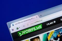 Rjazan', Russia - 8 maggio 2018: Sito Web di Voirfilms sull'esposizione del PC, URL - Voirfilms La WS Fotografia Stock