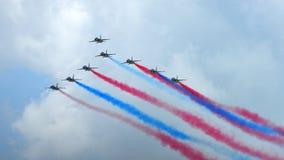 RKAF schwärzen aerobatic Leistung Aerobatic Teams Eagless in Singapur Airshow Lizenzfreies Stockbild