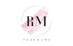 RM R M Watercolor Letter Logo Design con el modelo circular del cepillo Imagen de archivo libre de regalías