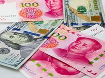 RMB和美元纸币 图库摄影