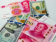 RMB e biglietto del dollaro americano Fotografie Stock