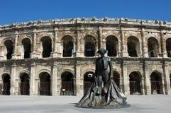 Römisches Amphitheater in Nimes Stockfotos