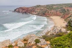 Roślinność, falezy i ocean w Cabo De Sao Vincente, Obraz Royalty Free