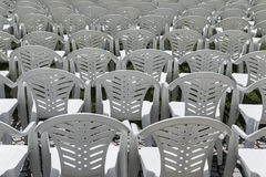 Ro av stolar Royaltyfri Fotografi