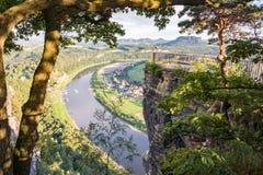 Río Elba en las montañas de la piedra arenisca de Elba Fotografía de archivo libre de regalías