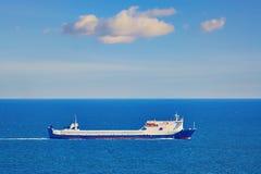 Ro statek w morzu Obraz Royalty Free