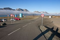 Road from the airport at Longyearbyen (Svalbard). In the Arctic Stock Photos
