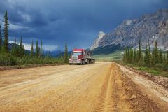 Road on Alaska Royalty Free Stock Photography