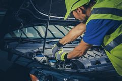 Road Assistance Mechanic royalty free stock photos