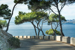 Road bend by the sea Royalty Free Stock Photography