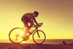 Free Road Bike Cyclist Man Cycling In Sunset Royalty Free Stock Photo - 191860905