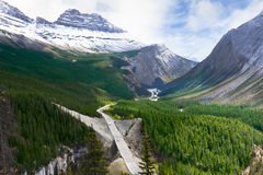 Road Through Canadian Rockies - Icefields Parkway Royalty Free Stock Photography